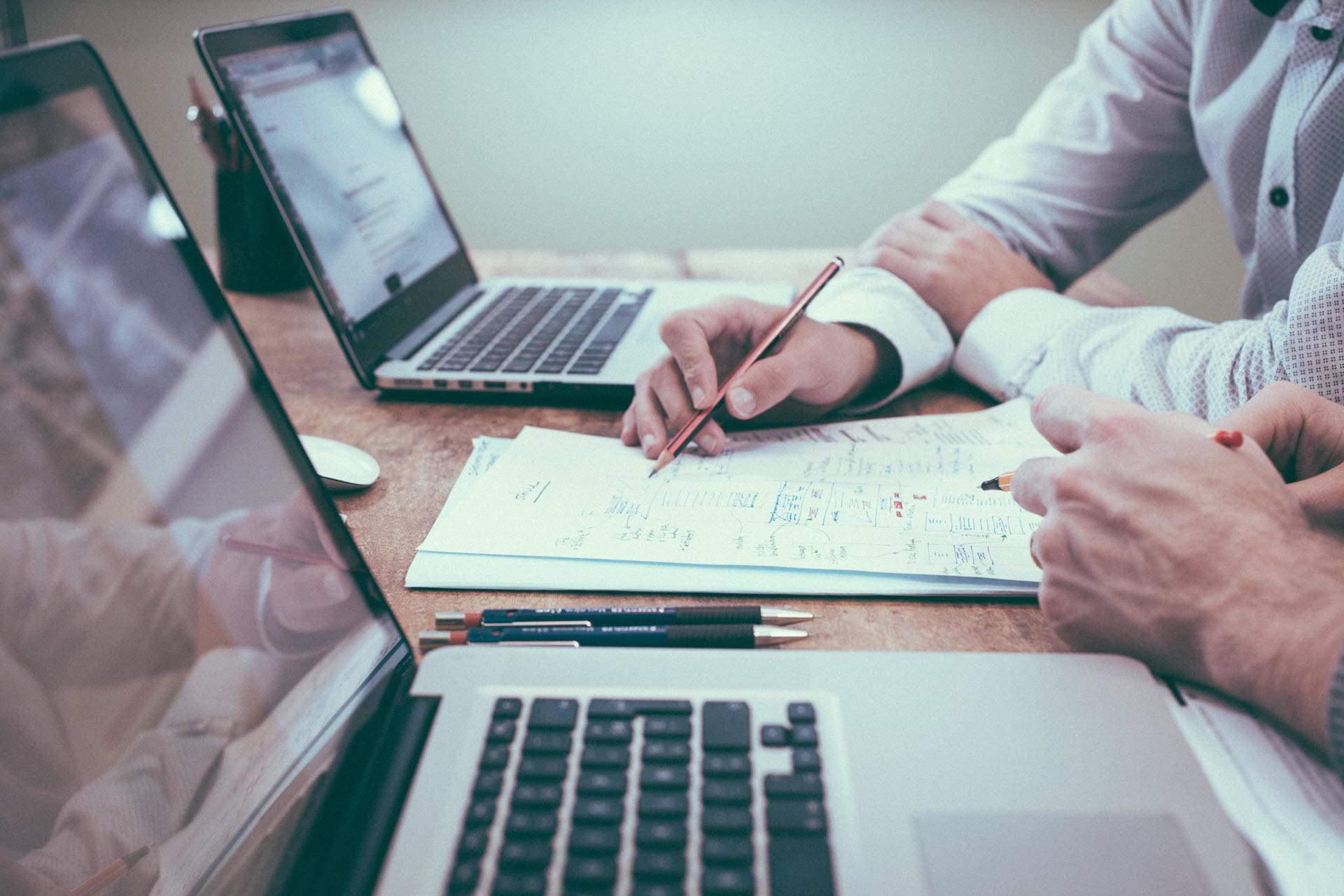 Relations Presse : pourquoi (et surtout comment) rédiger un brief agence parfait ?
