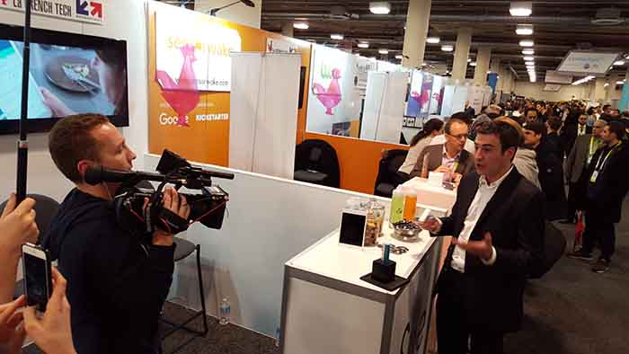 F.Collaro sur le stand lSee